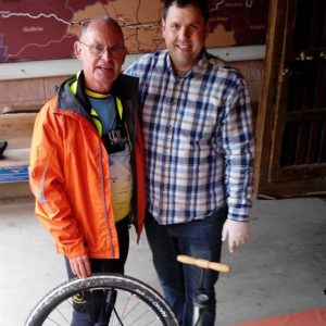 Spirit of the Camino – helping hand with puncture