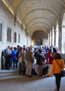There was a lot of pulpo, empanada, tortilla espanola, and tarte Santiago on the menus - this time in the cloisters of San Martin Pinario
